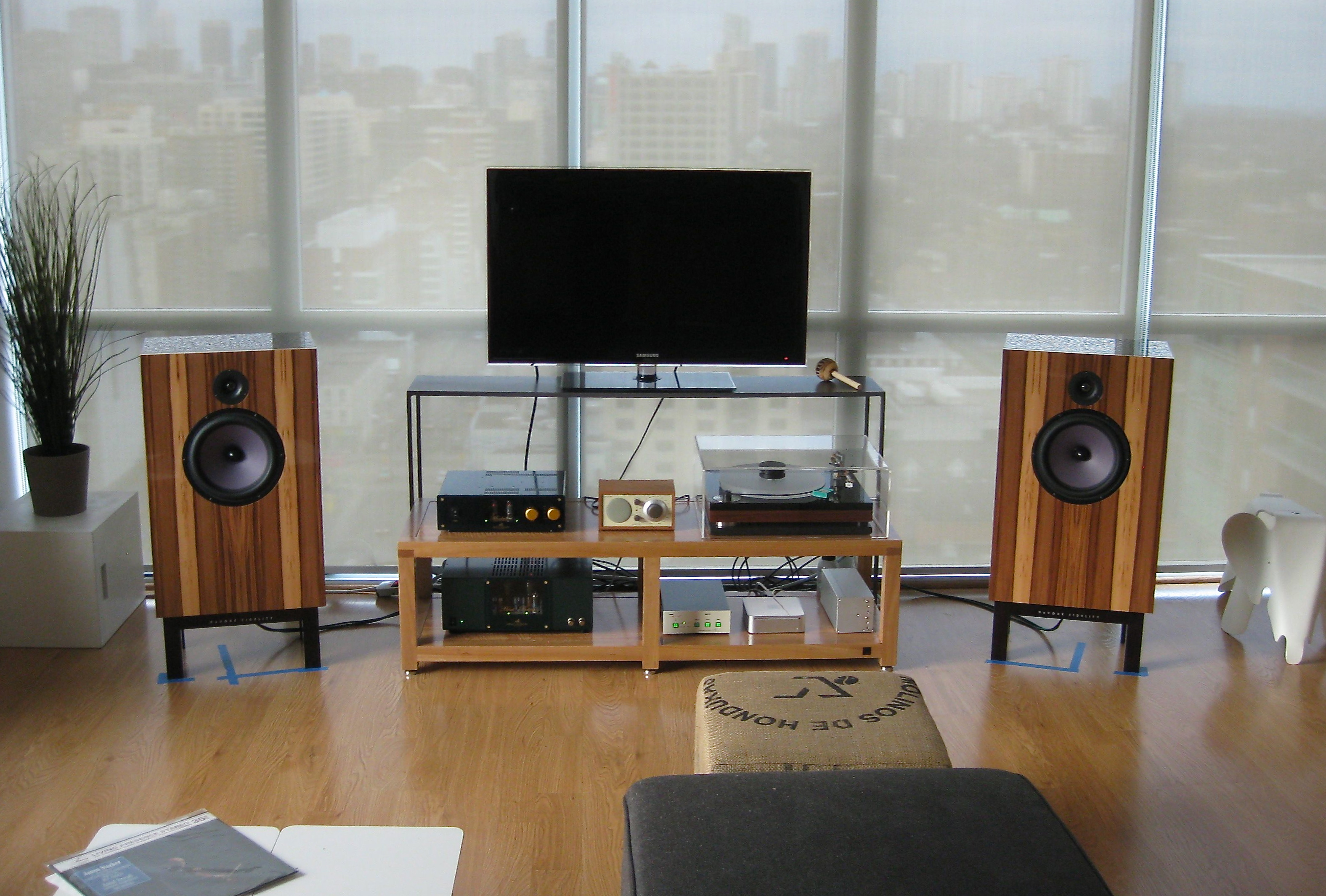 for but chair me woo listening the can zoomed my reviews of a is racks as out bedroom little off at look audio rack you headphone and page to it side threads tell owner unite s works station simple amp